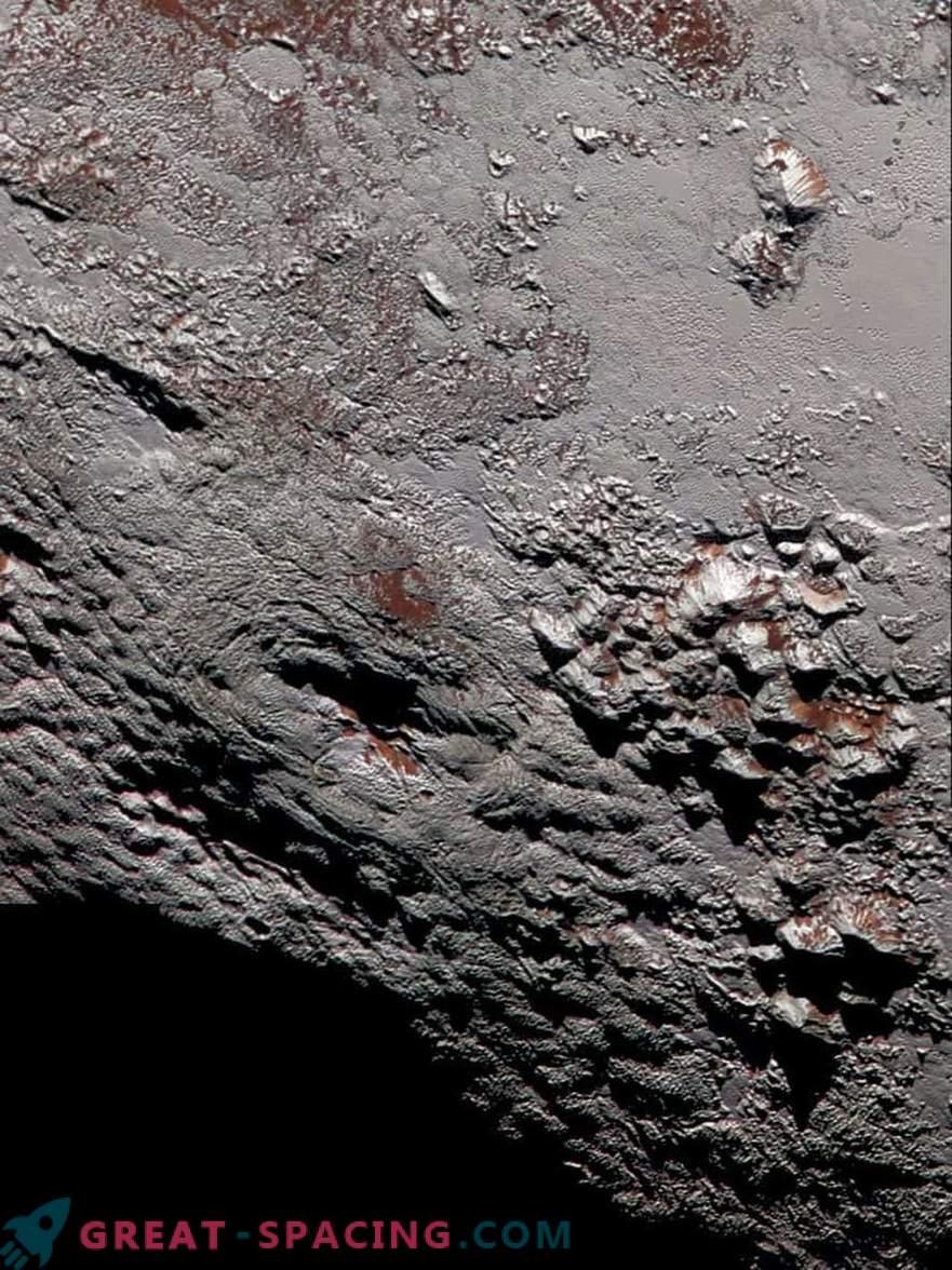 Дали е можно да се пронајде живот во океанот на Плутон