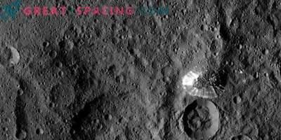 Landfalls on Ceres mostra il ghiaccio nascosto