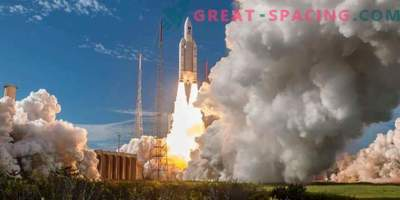 One hundredth launch for European Ariane-5 missile