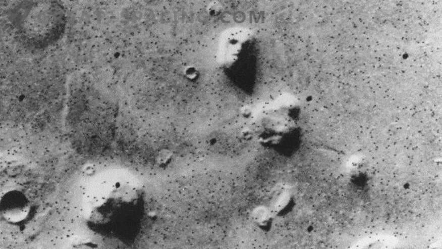 10 чудни предмети на Марс! Дел 1